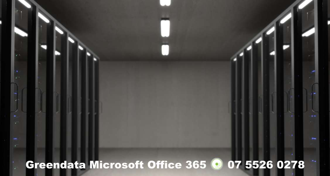 What are the benefits of using Azure VMs for my Business on the Gold Coast